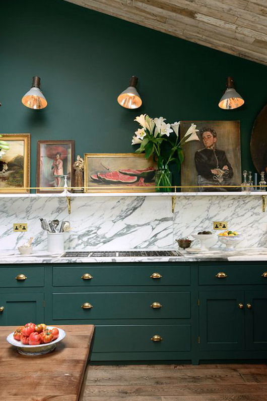 emerald green kitchen cabinets and wall color / sfgirlbybay
