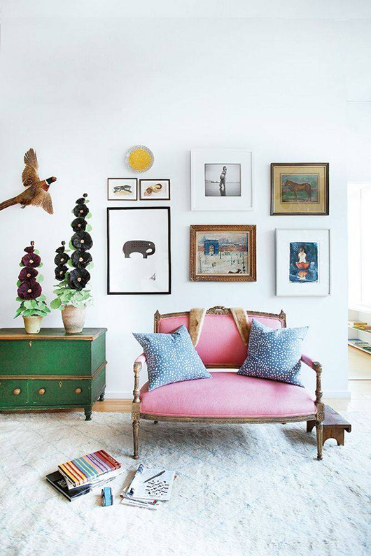 colorful pops of color in artist kate schelter's home via domino. / sfgirlbybay