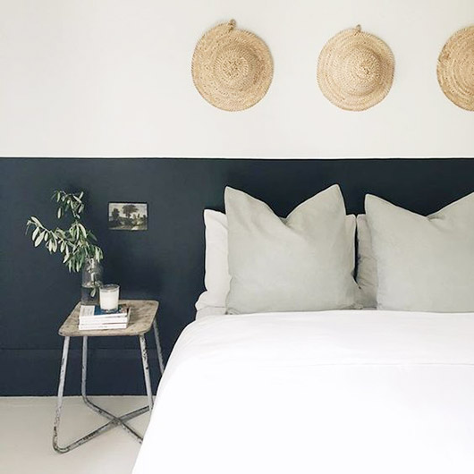 bedroom with black and white walls. / sfgirlbybay