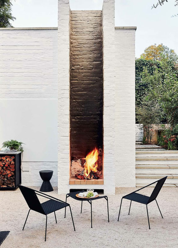 outdoor open air fireplace. / sfgirlbybay
