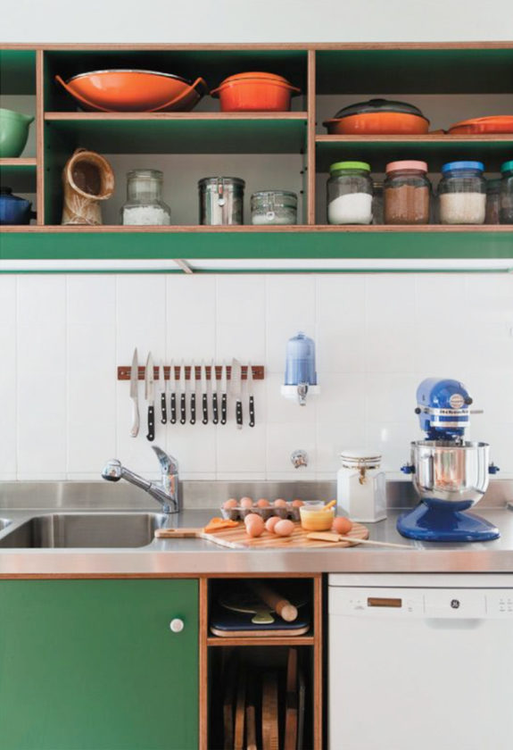 on trend: colorful kitchens / sfgirlbybay